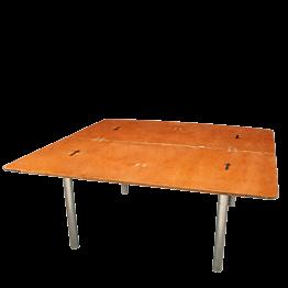 Viereckiger Tisch 153 x153 cm