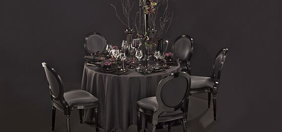 Tisch Carbone